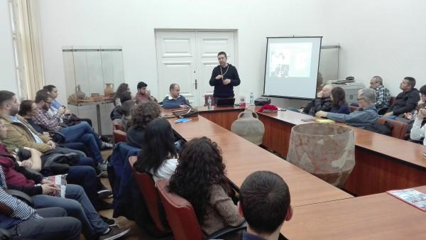 Grupurile religioase marginale între fascism și stalinism